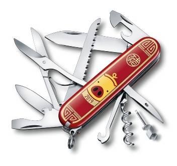 Нож Victorinox 1.3714.E8 Huntsman «Год Свиньи» 2019, 91мм, красный